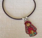 collar-bisuteria-virgen-please-cuero-llenadegracia